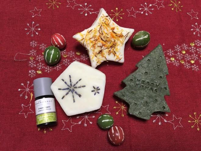 12月のコテージガーデンさんでのアロマワークショップは「アロマのクリスマス石鹸作り」です