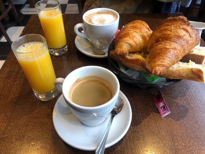 旅するフランス語 Je prends un café crème, s'il vous plaît